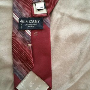 boldly givency EUC tie